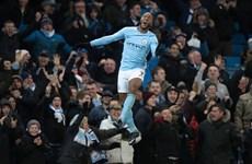 Manchester City giành chiến thắng nghẹt thở, Arsenal hủy diệt