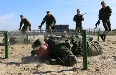 Lính thủy đánh bộ Nga tập trận đổ bộ tại biên giới Triều Tiên