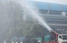 """Ấn Độ thử nghiệm """"vòi rồng chống khói"""" tại thủ đô New Delhi"""