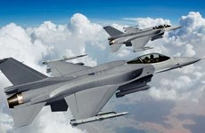 Đài Loan trang bị chiến đấu cơ F-16V và tên lửa không đối không