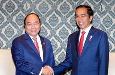 Thủ tướng tiếp xúc song phương bên lề Hội nghị ASEAN-Ấn Độ