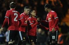 Alexis Sanchez tỏa sáng giúp Manchester United thắng hủy diệt