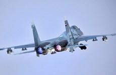 Tiêm kích Su-27 của Nga chặn máy bay do thám Mỹ tại Biển Đen