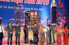 Thành phố Hồ Chí Minh họp mặt kiều bào mừng Xuân Mậu Tuất 2018