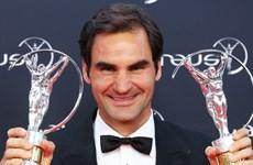 """Roger Federer xuất sắc giành cú đúp ở giải """"Oscar thể thao"""""""