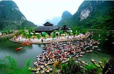 [Video] Tour du lịch tâm linh hút khách sau Tết Nguyên Đán