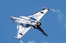 Malaysia xem xét lại việc mua máy bay chiến đấu của Pháp