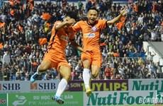 V-League 2018: Hà Nội vững ngôi đầu, đương kim vô địch thua ngược