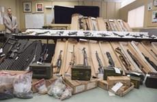 Canada cảnh báo tình trạng mua bán súng qua các trang web đen