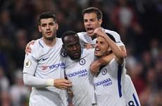Chelsea 'phải hơi nóng' vào Tottenham trong cuộc đua tốp 4