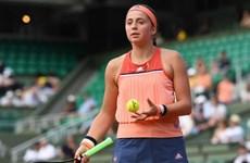 Địa chấn tại Roland Garros: Nhà vô địch bị loại ở trận ra quân