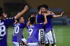 V-League 2018: Hà Nội vô địch lượt đi, Nam Định sắp thoát đáy bảng