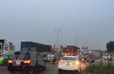 Hải Dương: Tai nạn ôtô khiến quốc lộ 5 ách tắc kéo dài khoảng 2km