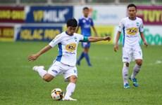 Vòng 13 V-League: Hà Nội vùi dập Than Quang Ninh, HAGL thua ngược
