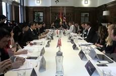 Việt Nam-Anh cam kết thúc đẩy trao đổi thương mại song phương