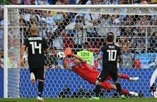 Messi sút hỏng penalty, tuyển Argentina chia điểm trước Iceland