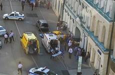 2 CĐV Mexico bị thương trong vụ lao xe vào đám đông tại Nga