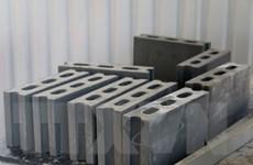 Cần quyết liệt hơn trong sử dụng vật liệu xây dựng từ tro xỉ