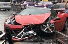 Chiếc Ferrari hơn 600.000 USD tan tành chỉ vài phút sau khi thuê