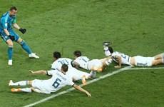 """Tây Ban Nha vs Nga 1-1 (3-4): """"Gấu Nga"""" tạo nên cơn địa chấn"""