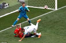 Ignashevich đi vào lịch sử World Cup sau pha phản lưới nhà