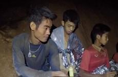 Giải cứu đội bóng: HLV đã làm cách nào giữ cho cả đội sống sót