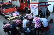 Lính cứu hỏa Croatia lỡ cơ hội chứng kiến đội nhà chiến thắng