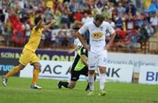 V-League: Hà Nội ngược dòng hạ Thanh Hóa, SLNA tái lập kỷ lục