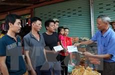 """Nghĩa cử """"tương thân tương ái"""" của cộng đồng người Việt tại Lào"""