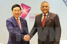 Phó Thủ tướng gặp song phương Bộ trưởng Ấn Độ, Philippines và Brunei