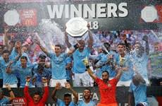 Aguero lập cú đúp mang Siêu cúp Anh về cho Manchester City