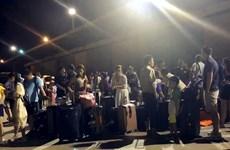 Thái Lan sơ tán khách du lịch ngoài khơi đảo nghỉ dưỡng Phuket