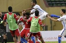 Video cận cảnh cầu thủ Malaysia và UAE hỗn chiến ngay trên sân