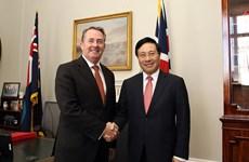 Phó Thủ tướng thăm chính thức Liên hiệp Vương quốc Anh và Bắc Ireland
