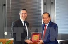 Phó Thủ tướng làm việc với lãnh đạo Hội đồng Tư pháp quốc gia Italy