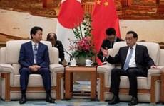 Thủ tướng Trung Quốc Lý Khắc Cường gặp Thủ tướng Nhật Bản Abe
