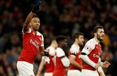 Arsenal thắng hủy diệt ngày đầu năm 2019, Tottenham trở lại tốp 2