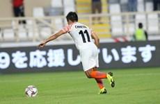 Lập cú đúp vào lưới Thái Lan, Sunil Chhetri vượt mặt Lionel Messi