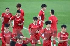 Đội tuyển Việt Nam miệt mài tập luyện chờ đối đầu tuyển Iraq