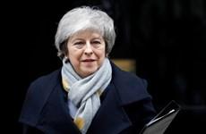 Quốc hội Anh ủng hộ Thủ tướng Theresa May đàm phán lại với EU
