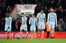 Premier League: Chelsea thảm bại, Liverpool mất điểm tại Anfield