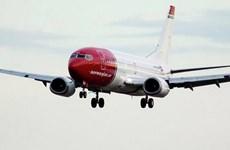 Máy bay Boeing 737 MAX 8 của Na Uy bất ngờ đổi hướng trên không