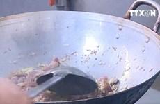 [Video] Hà Nội nhân rộng thiết bị tách dầu mỡ ở các nhà hàng