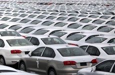 Tổng thống Mỹ Donald Trump cảnh báo áp thuế nhập khẩu ôtô Mexico