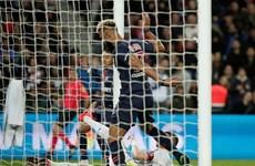 Pha bỏ lỡ 'siêu điên rồ' khiến PSG chưa thể đăng quang Ligue 1