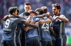 Bayern Munich vững ngôi đầu Bundesliga sau màn 'hủy diệt'