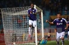 Samson tỏa sáng, Hà Nội FC ngược dòng đánh bại Hải Phòng