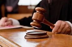 Nga xét xử đối tượng phạm tội không tôn trọng các biểu tượng nhà nước