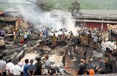 Lai Châu: Hỏa hoạn thiêu rụi 6 ngôi nhà và kho hàng ở chợ Nậm Cuổi