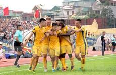 Vòng 9 V-League: Thanh Hóa thắng đậm đương kim vô địch Hà Nội